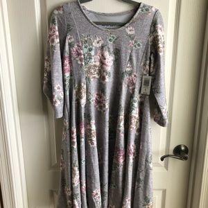 3\4 length torrid dress